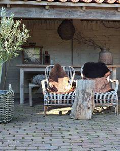 E-mail - Hubertina Simons - Outlook Garden Deco, Big Garden, Love Garden, Pergola Ideas For Patio, Diy Pergola, Pergola Kits, Pergola Designs, Patio Design, Rustic Gardens
