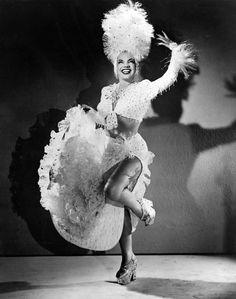 Born Maria Do Carmo Miranda Da Cunha In Portuguese Brazilian Samba Singer Dancer Broadway Actress Carmen Is Noted For Her Si