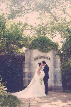 Fairytale Wedding Photos. Mellon Park Wedding Photos. Pittsburgh Wedding Photographers