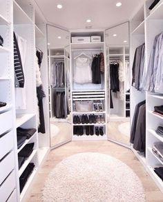 Walk In Closet Design, Bedroom Closet Design, Master Bedroom Closet, Closet Designs, Small Walk In Closet Ideas, Dressing Room Closet, Dressing Room Design, Dressing Rooms, Organizing Walk In Closet