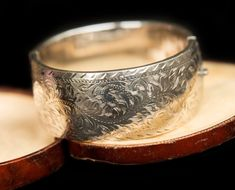 Vintage Silver Jewelry, Antique Jewelry, Antique Bracelets, Silver Jewellery, Fine Jewelry, Valentines Gifts For Her, Gifts For Mum, Ladies Bangles, Gem Shop
