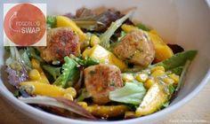 Onze Franse Keuken: Salade met tonijnballetjes, mango en een passievruchtvinaigrette