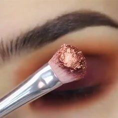 Makeup Tricks to Look Younger : 11 Ways to Look Younger With Makeup - make up - Maquillage Makeup Goals, Love Makeup, Makeup Inspo, Makeup Inspiration, Makeup Quiz, Makeup Names, Skin Makeup, Makeup Brushes, Eyebrow Makeup