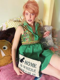 Sunday Girl Finds 1960's Kelly Green Mini Dress