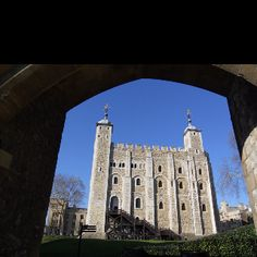 White Tower, Tower of London Tower Of London, Notre Dame, Building, Travel, Viajes, Buildings, Traveling, Trips, Tourism