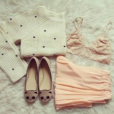 those panda shoes <3 so cute ^.^