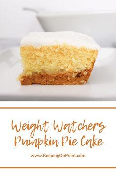 Weight Watchers Cake, Weight Watchers Pumpkin, Weight Watchers Desserts, Low Calorie Desserts, Ww Desserts, Healthy Dessert Recipes, Pumpkin Pie Cake, Pumpkin Dessert, Pumpkin Recipes