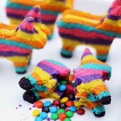 Cinco de Mayo piñata cookies... AWESOME!