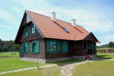 Dom drewniany nad Kanałem Augustowskim