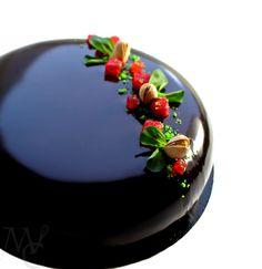 """Campi di fragole"" entremet: Strawberry gellée * Pistachio mousse * White chocolate mousse * Pistachio joconde * Dark mirror glaze"