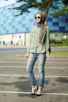 Hijab with Skinny Jeans