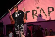 "2 Chainz Drops ""Pretty Girls Like Trap Music"" Merch Line"