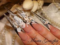 Calla-lilas by MartaGruszka - Nail Art Gallery nailartgallery.nailsmag.com by Nails Magazine www.nailsmag.com #nailart