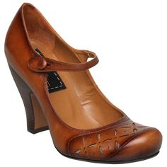 Hot in that sexy librarian sort of way! #shoes #fashion #maryjaneshoes