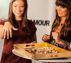 Stylist Nicole Chaves giving styling advice at Glamour Beauty Bar during New York Fashion Week. #PANDORAatNYFW