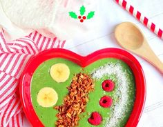 Very Merry Holiday Smoothie Bowl