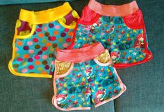 Kinder Shorts nach freebook von Hamburger Liebe, Frottee Children's shorts to freebook from Hamburger Liebe, Terry Girls Winter Fashion, Holiday Fashion, Kids Fashion, Diy For Teens, Outfits For Teens, Kids Shorts, Gym Shorts Womens, Toddler Girl Style, Diy Projects For Kids