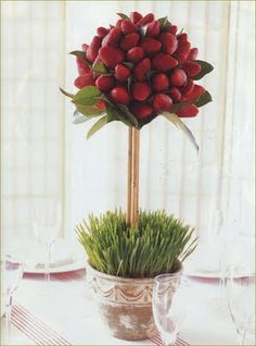 edible strawberry topiary centerpiece. just have chocolate sauce nearby for the dipping! {via maddycakes muse blog}