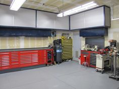 Adjustable Fabrication Table - OFN Forums Overhead cabinets and tool storage Workshop Storage, Workshop Organization, Garage Workshop, Garage Organization, Organization Ideas, Workshop Ideas, Tool Storage, Storage Ideas, Shop House Plans