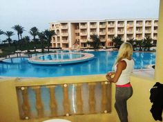 #luxury#luxurius#pool#girl#blodne#sexy#young#preety#young#teen#nasty#hotel#viev