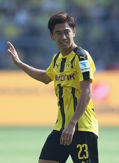 Shinji Kagawa of Dortmund reacts during the Bundesliga match between Borussia Dortmund and 1 FSV Mainz 05 at Signal Iduna Park on August 27 2016 in...