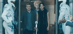 New Peeta, Katniss and Effie 'Catching Fire' photo.