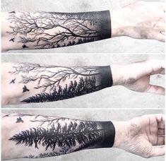 idée tatouage homme avant-bras forêt arbres
