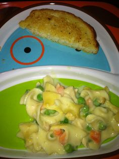 19 Feb 2013  Creamy Chicken Casserole (http://pinterest.com/pin/132011832799111287/) - delicious comfort food, perfect for this frigid day. I especially like that the recipe makes 2 small casseroles: one to eat now, one to freeze for future use (though you could easily combine them into one 13x9 pan).