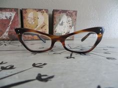 Vintage Cat Eye Glasses Tortuiose Glasses by VintageShoppingSpree, $75.00