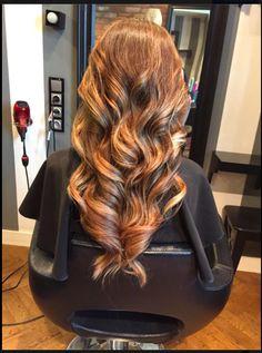 Sombre hair, długie włosy, loki