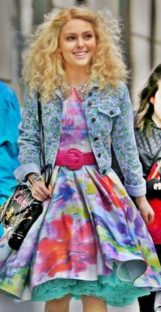 The Carrie Diaries - if this is what they wore in the 80's, I was born in the wrong decade!