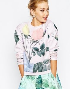 Ted Baker Sweat in Distinguishing Rose Print
