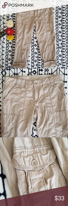 Calvin Klein Khaki Capris Like new great condition. 100% cotton. True to size. All pockets open. Waist- 17 1/2in  Rise-10in  Inseam- 25in  Full Length-36in Calvin Klein Jeans Pants Capris