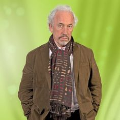 Listen live to Classic FM online radio. Discover classical music and find out more about the best classical composers, musicians and their works. Simon Callow, Classical Music, My Music, Movie Stars, Classic Books