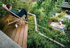 Whoever said urban structures couldn't have great gardens? Whether lush terraces or just a good collection of potted plants, these urban locales showcase charming green spaces.