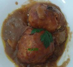 Patatas en puré rellenas con carne picada a lo pobre