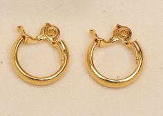 Gold Hoop Trifari Earings   Brushed Gold Clip on by Eekmaus, $10.00