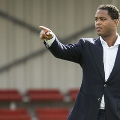 PSG vs. Arsenal not a decisive game in Champions League - Kluivert