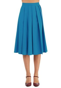 Vibrant Visit Skirt. Turn up the fun on a family vacation by sporting this beautiful blue midi skirt! #blue #modcloth
