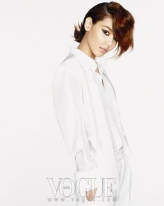 Girls Generation Sooyoung Vogue - Doing this, too...
