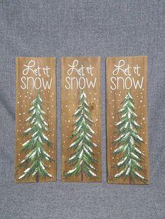 Weihnachten Winter zurückgefordert Holz Palette Kunst, Let It Snow, handgemalt, Kiefer, Weihnachtsschmuck, Upcycled schäbigen Chic, Original Acrylbild auf palettenplatten. Dieses einzigartige Stück ist 5 1/2 x 17 hoch. Es ist ein Spaß, persönliche Note zu Ihrem Weihnachtsdekor