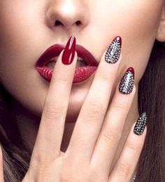 30 Stunning DIY Nail Designs For Beginners Of 2019 Nail Art nail art designs Red Nail Art, Cool Nail Art, Red Nails, Pastel Nails, Bling Nails, Beautiful Nail Art, Gorgeous Nails, Beautiful Women, Nail Art Designs