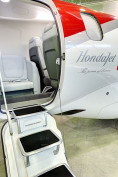 Honda Jet, Experimental Aircraft, Private Jet, God Jesus, Airports, Yachts, Airplanes, Product Design, Luxury Cars