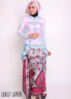 http://nelyafifi.com/jahit-kebaya-modern-batik-tile-pink-biru-model-peplum/ Kebaya Modern Batik Tle Pink Biru Model Peplum