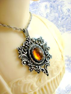 Vintage Silver Amber Pendant Necklace Arts by KittysJewelryBox, $188.00