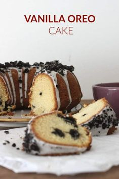 A simple vanilla cake with chopped Oreo cookies inside and topped with a powdered sugar glaze. A wonderful everyday cake to add to your collection. Vanilla Oreo Cake Recipe, Oreo Cake Recipes, Dessert Recipes, Breakfast Recipes, Oreo Cupcakes, Cupcake Cakes, Oreo Cookies, Bundt Cakes, Biscuit Oreo