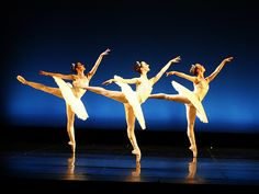 Adriana Harper, Tonia Looker and Bronte Kelly - Tutus on Tour 2011 - Verdi Variations PHOTO Maarten Holl