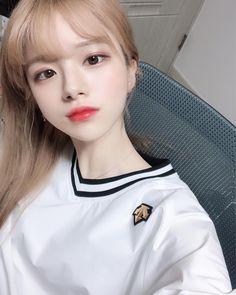 Pretty Korean Girls, Korean Beauty Girls, Cute Korean Girl, Cute Asian Girls, Beautiful Asian Girls, Asian Beauty, Cute Girls, Uzzlang Girl, Girl Face