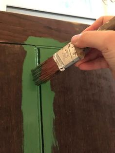 You can make a reclaimed wood headboard so easily! We made this green headboard from an old piece of wood paneling. It was so simple to make - anyone could do it! A DIY wood headboard is a great beginner project - especially this reclaimed headboard idea! #diy #headboard #howto #reclaimedwood Green Headboard, Reclaimed Wood Headboard, Diy Headboards, Diy Wood, Wood Paneling, Diy Projects, Crafty, Friends, Simple