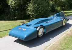 Sir Malcolm Campbell has set a land speed record back in 1935 with Blue Bird V. The vehicle is currently on on display at the National Motor Museu...